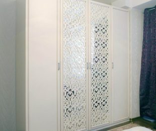 шкаф распашной фото на 4 двери