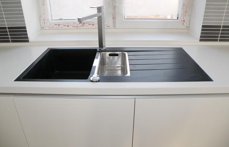 белая кухня фото интерьера