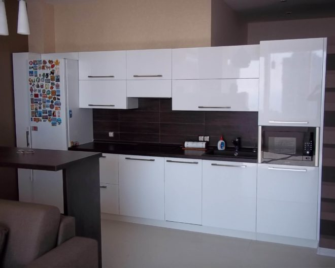 Белая кухня ГЛЯНЕЦ фото заказа № 198