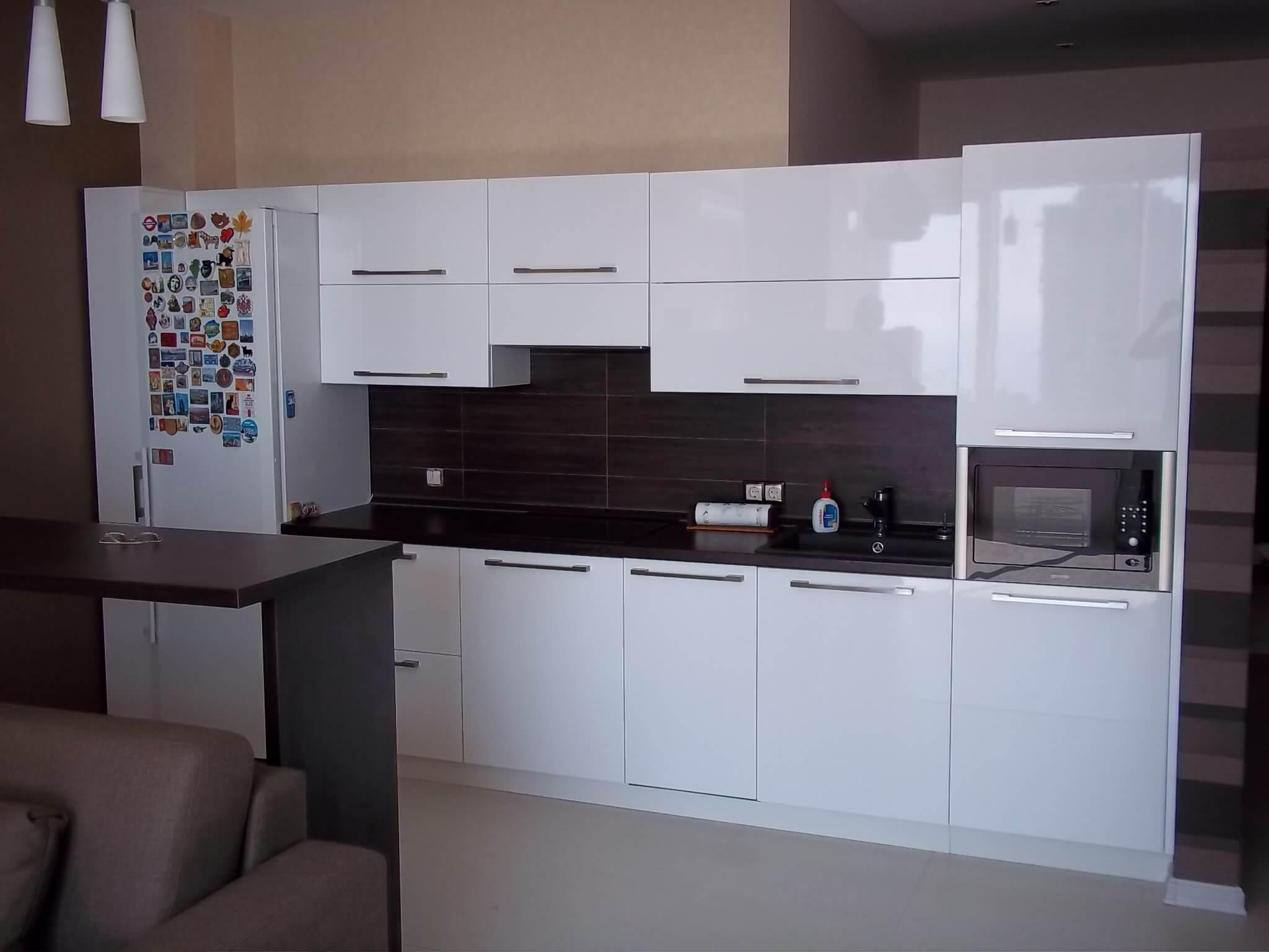 белая кухня глянец фото