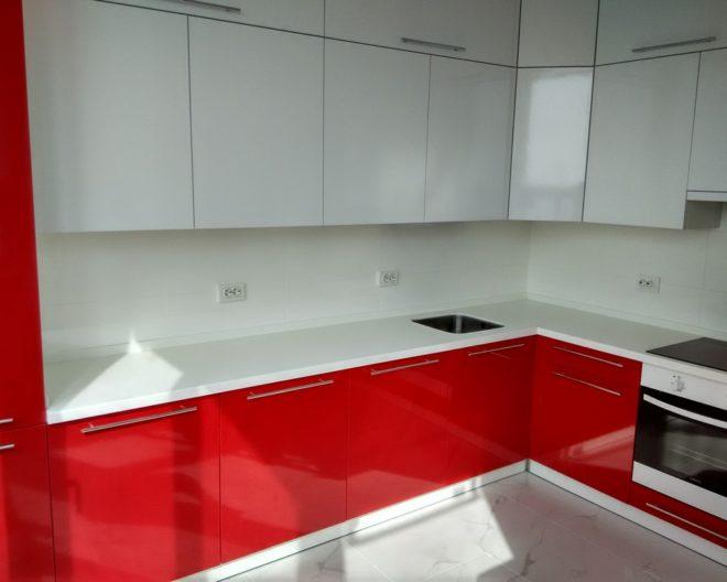 Бело красная кухня Modern фото заказа № 54