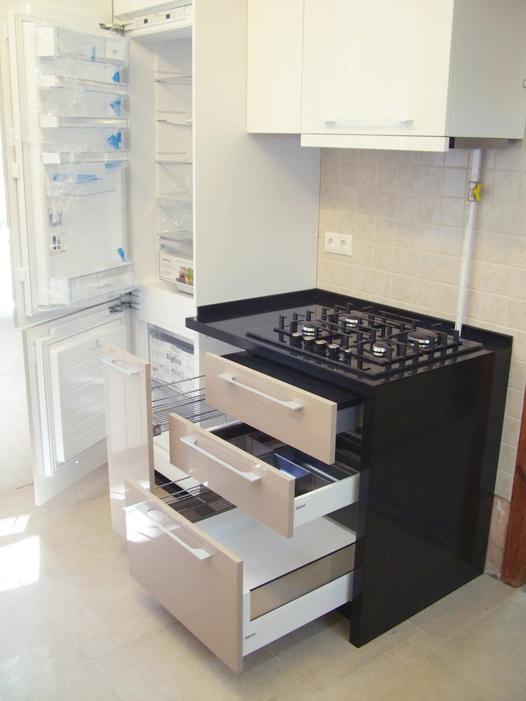 бело-кремовая кухня фото