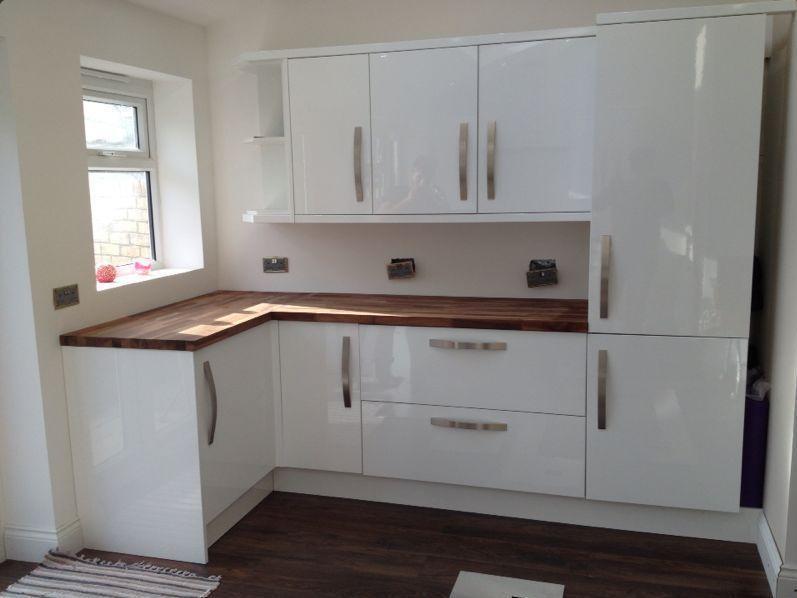 дизайн белой кухни фото Кантри