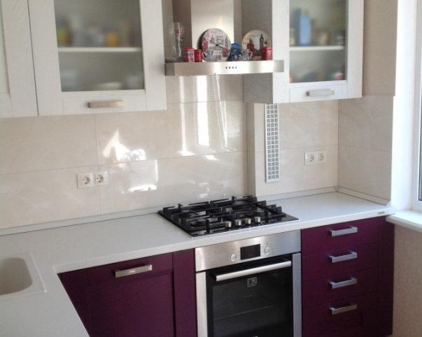 Бело-фиолетовая кухня Прима фото заказа № 132