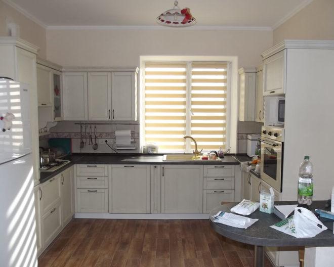 Кухня из массива дерева Тюльпан фото заказа № 188