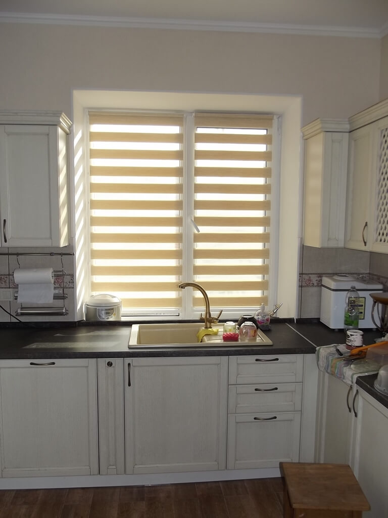 кухні з дерева фото