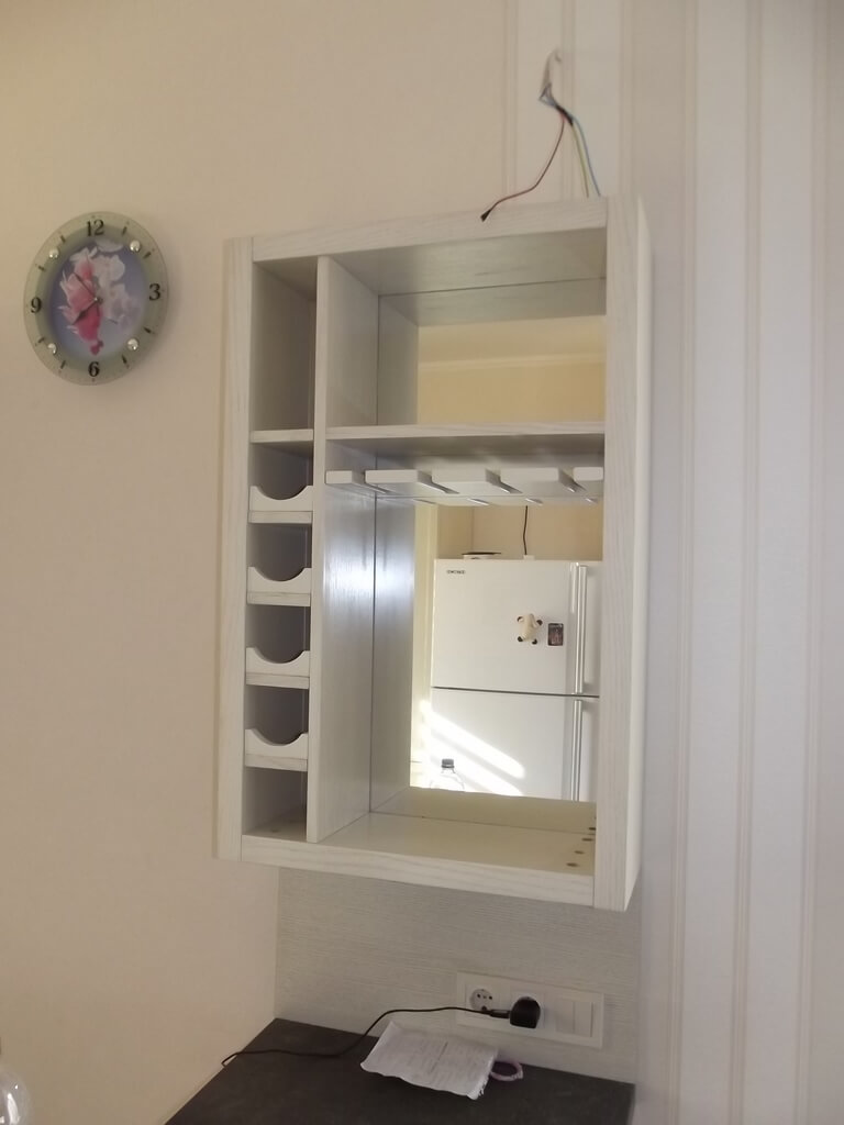 кухонная тумба из дерева фото
