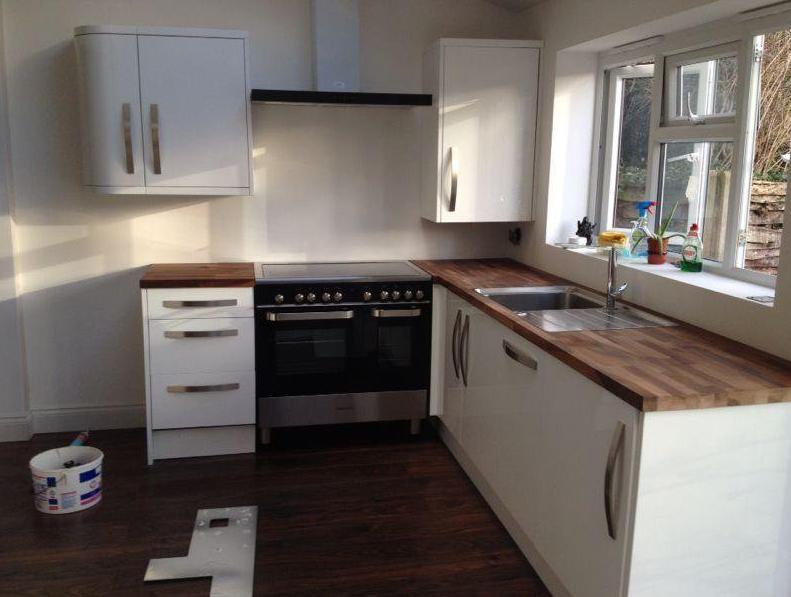 светлая кухня дизайн фото
